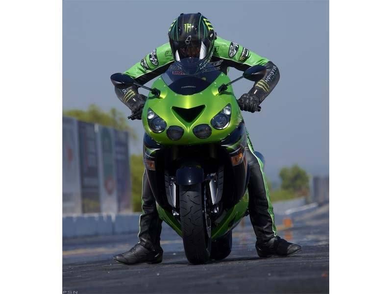 2011 Kawasaki Ninja® ZX™-14 in Kingsport, Tennessee