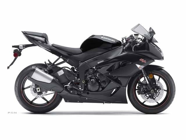 2011 Kawasaki Ninja® ZX™-6R in Auburn, California