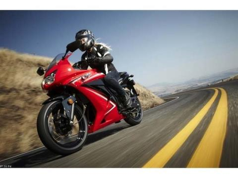 2012 Kawasaki Ninja® 250R in Pinellas Park, Florida - Photo 3