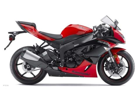 2012 Kawasaki Ninja® ZX™-6R in Pinellas Park, Florida