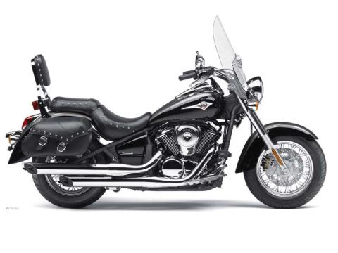 2012 Kawasaki Vulcan® 900 Classic LT in Plymouth, Massachusetts - Photo 2