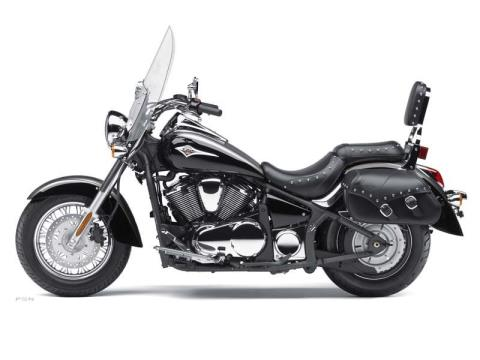 2012 Kawasaki Vulcan® 900 Classic LT in Plymouth, Massachusetts - Photo 3