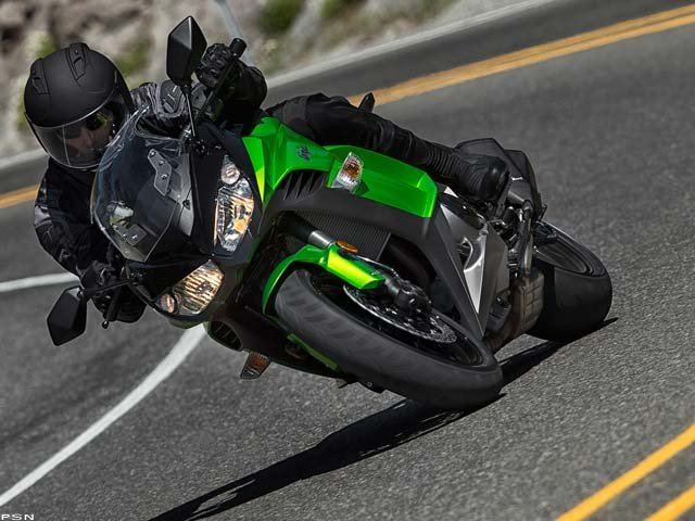 2013 Kawasaki Ninja® 1000 in Fremont, California - Photo 13