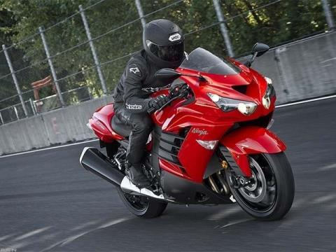 2013 Kawasaki Ninja® ZX™-14R in Iowa City, Iowa - Photo 6