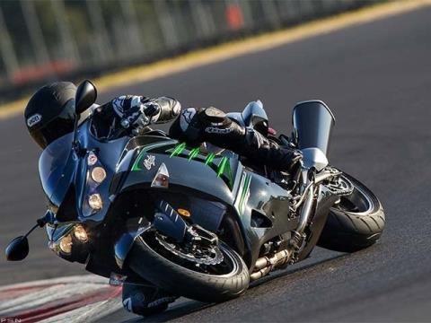 2013 Kawasaki Ninja® ZX™-14R in Guilderland, New York - Photo 19