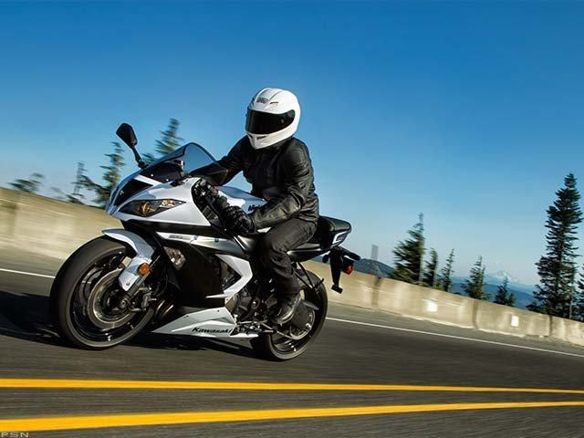 2013 Kawasaki Ninja® ZX™-6R in Norfolk, Virginia - Photo 16