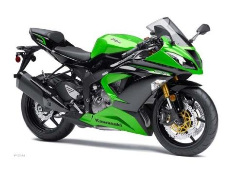 2013 Kawasaki Ninja® ZX™-6R ABS in Bellevue, Washington - Photo 11
