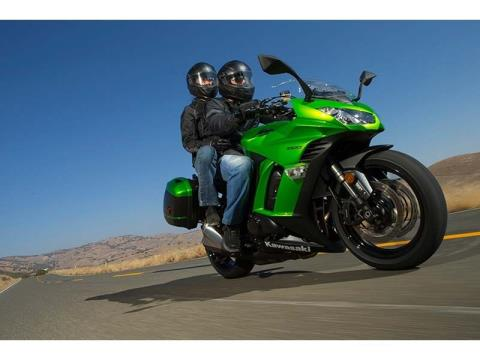2014 Kawasaki Ninja® 1000 ABS in Redding, California - Photo 11