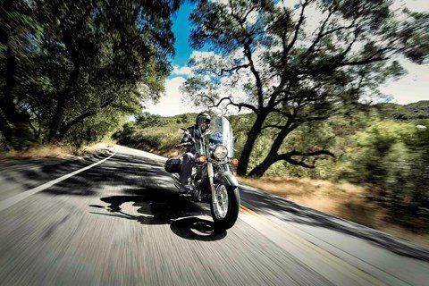 2015 Kawasaki Vulcan® 900 Classic LT in North Reading, Massachusetts - Photo 9