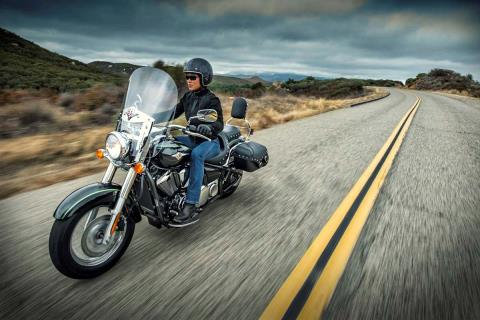 2015 Kawasaki Vulcan® 900 Classic LT in North Reading, Massachusetts - Photo 22