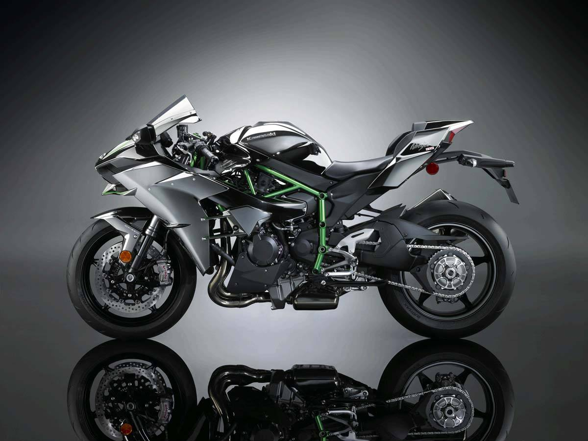 2015 Kawasaki Ninja H2™ in North Reading, Massachusetts - Photo 7