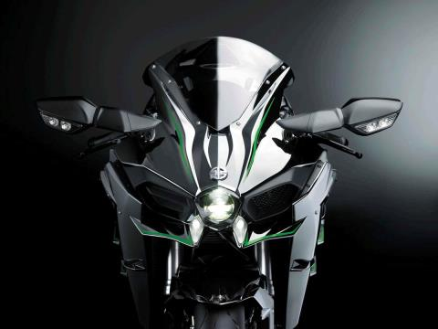 2015 Kawasaki Ninja H2™ in North Reading, Massachusetts - Photo 11