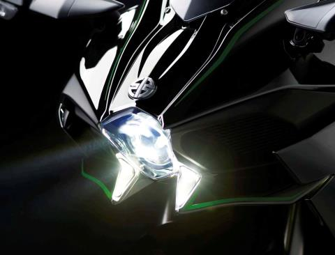 2015 Kawasaki Ninja H2™ in North Reading, Massachusetts - Photo 23