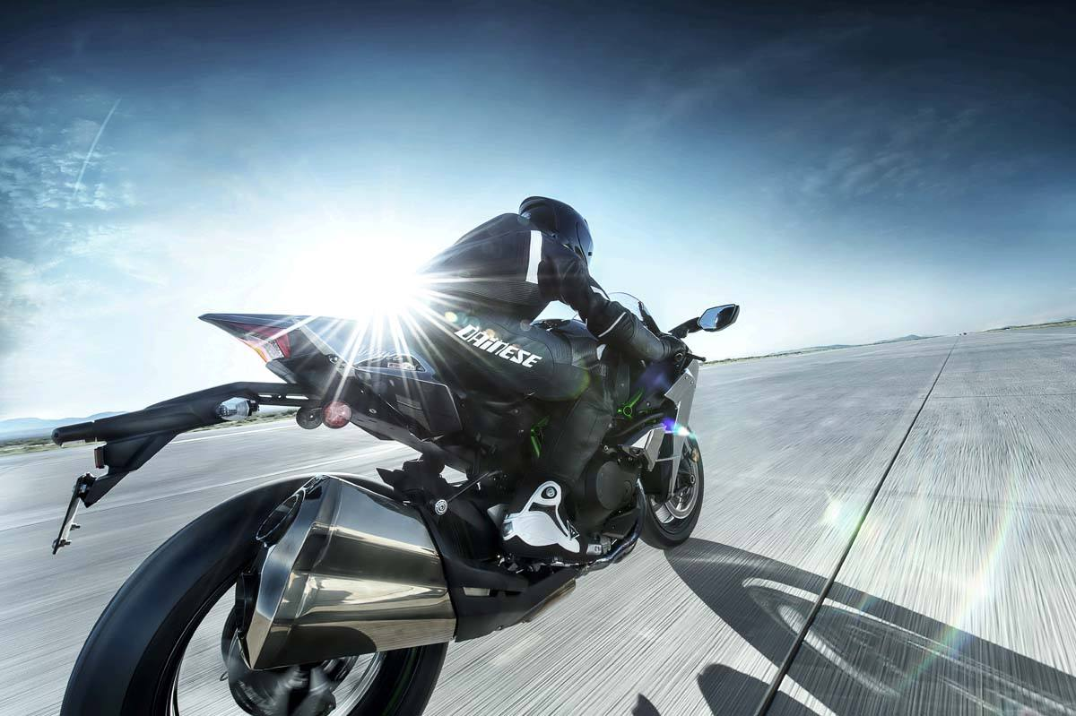 2015 Kawasaki Ninja H2™ in North Reading, Massachusetts - Photo 60