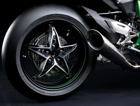 2015 Kawasaki Ninja H2™R in North Reading, Massachusetts - Photo 36