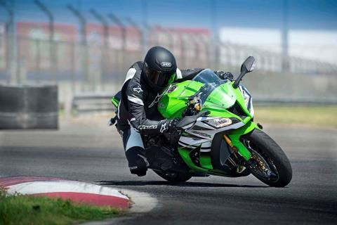 2015 Kawasaki Ninja® ZX™-10R ABS in Howell, Michigan