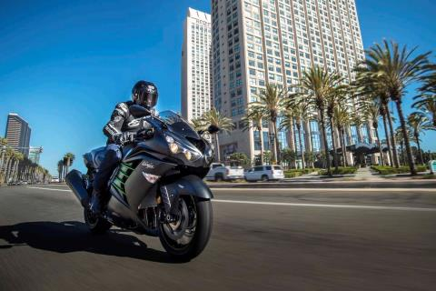 2015 Kawasaki Ninja® ZX™-14R ABS in Pahrump, Nevada - Photo 20