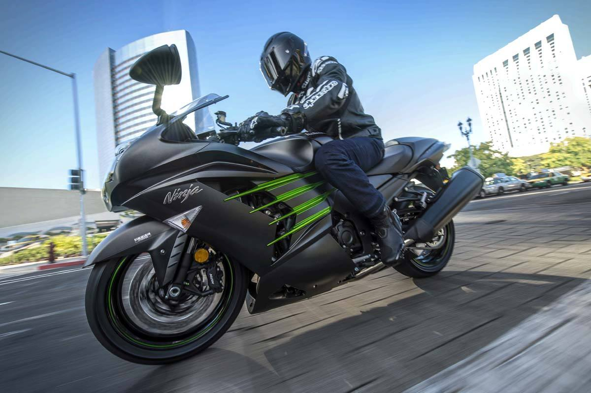 2015 Kawasaki Ninja® ZX™-14R ABS in Pahrump, Nevada - Photo 21