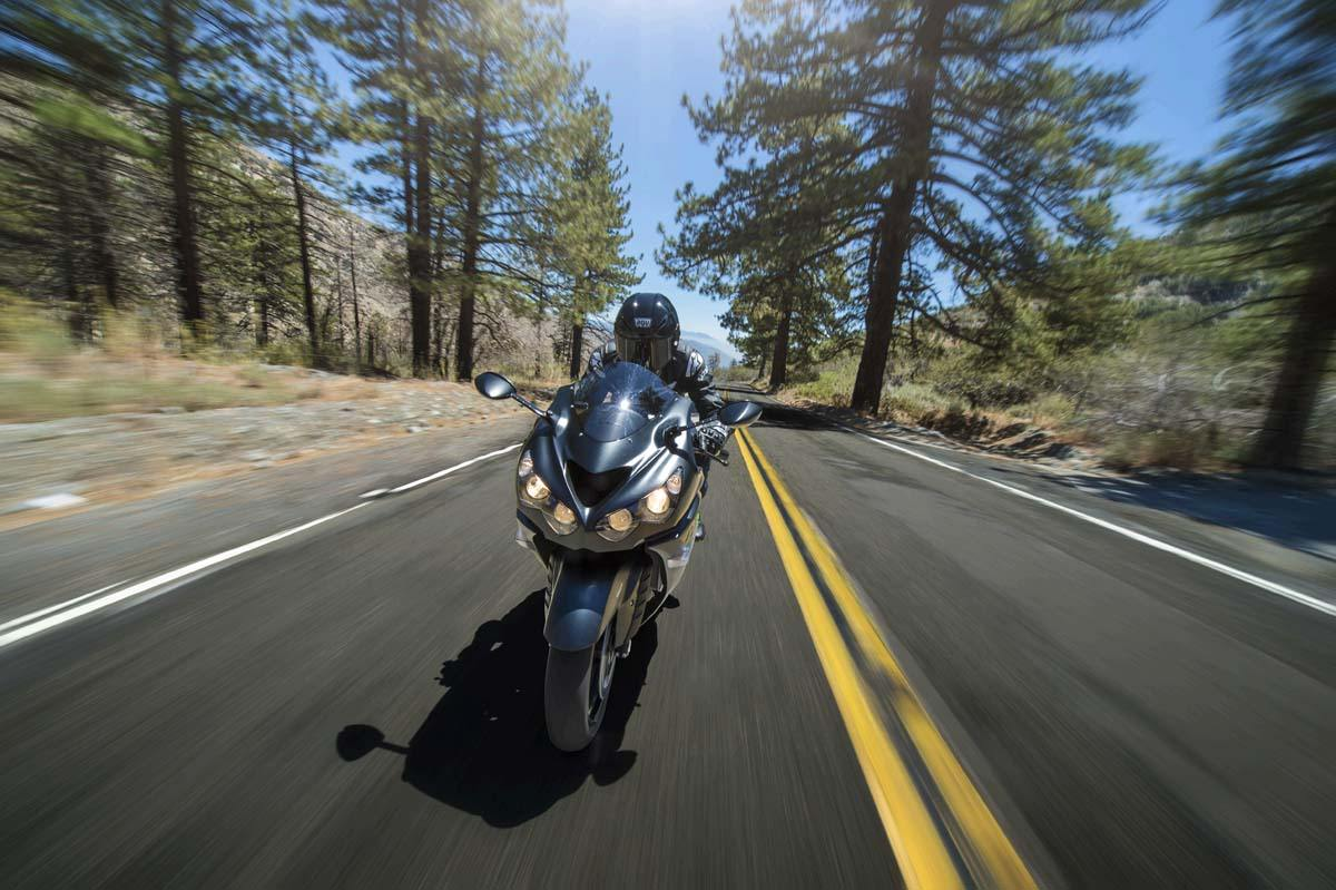 2015 Kawasaki Ninja® ZX™-14R ABS in Pahrump, Nevada - Photo 25