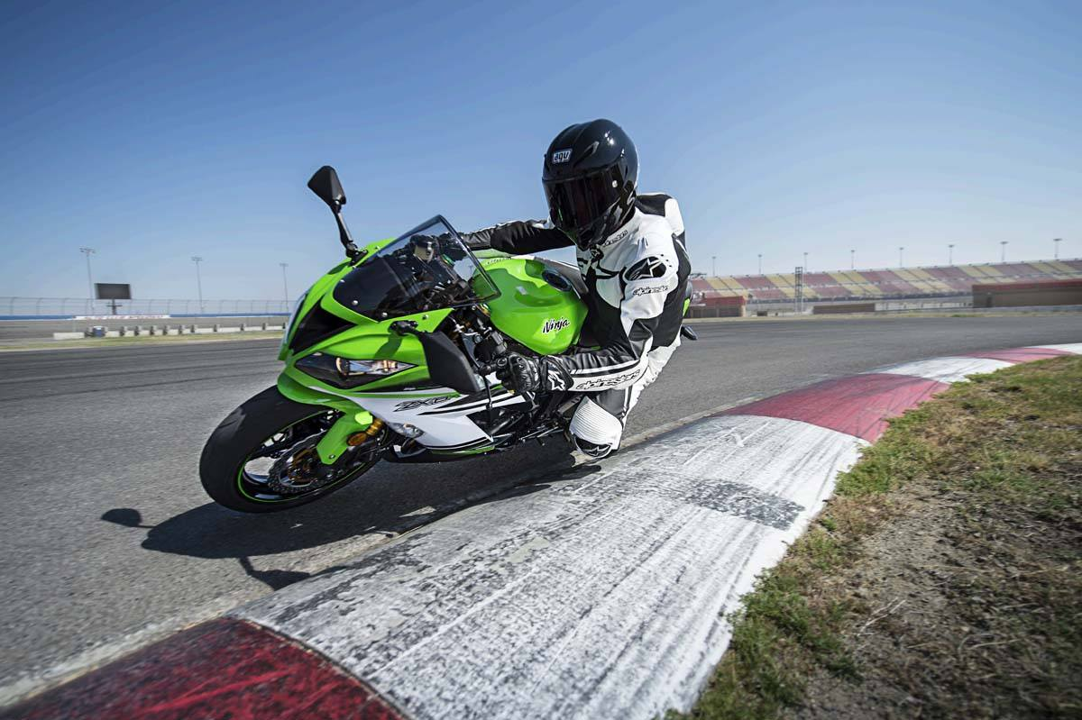 2015 Kawasaki Ninja® ZX™-6R 30th Anniversary in North Reading, Massachusetts - Photo 10