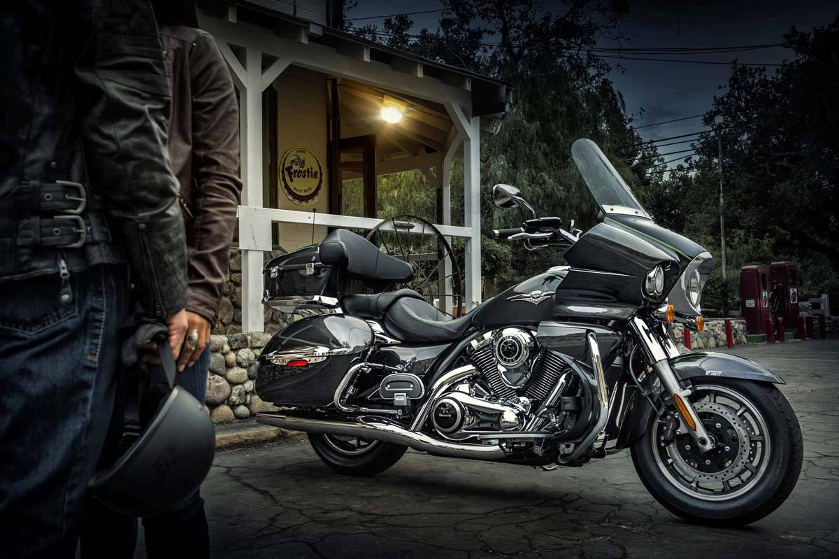2015 Kawasaki Vulcan® 1700 Voyager® ABS in Warsaw, Indiana - Photo 14