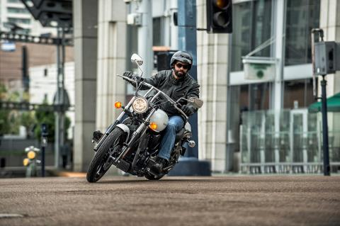 2016 Kawasaki Vulcan 900 Custom in Pendleton, New York