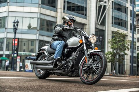 2016 Kawasaki Vulcan 900 Custom in Philadelphia, Pennsylvania