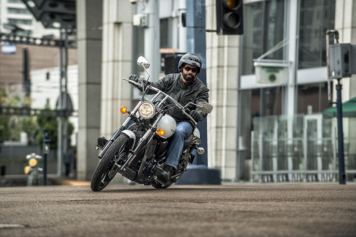 2016 Kawasaki Vulcan 900 Custom in Plano, Texas