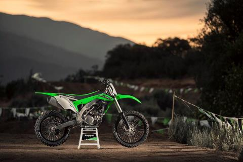 2016 Kawasaki KX450F in Howell, Michigan