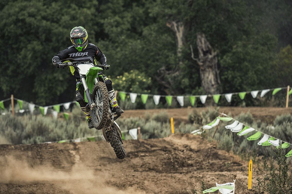 2016 Kawasaki KX450F in North Reading, Massachusetts - Photo 45