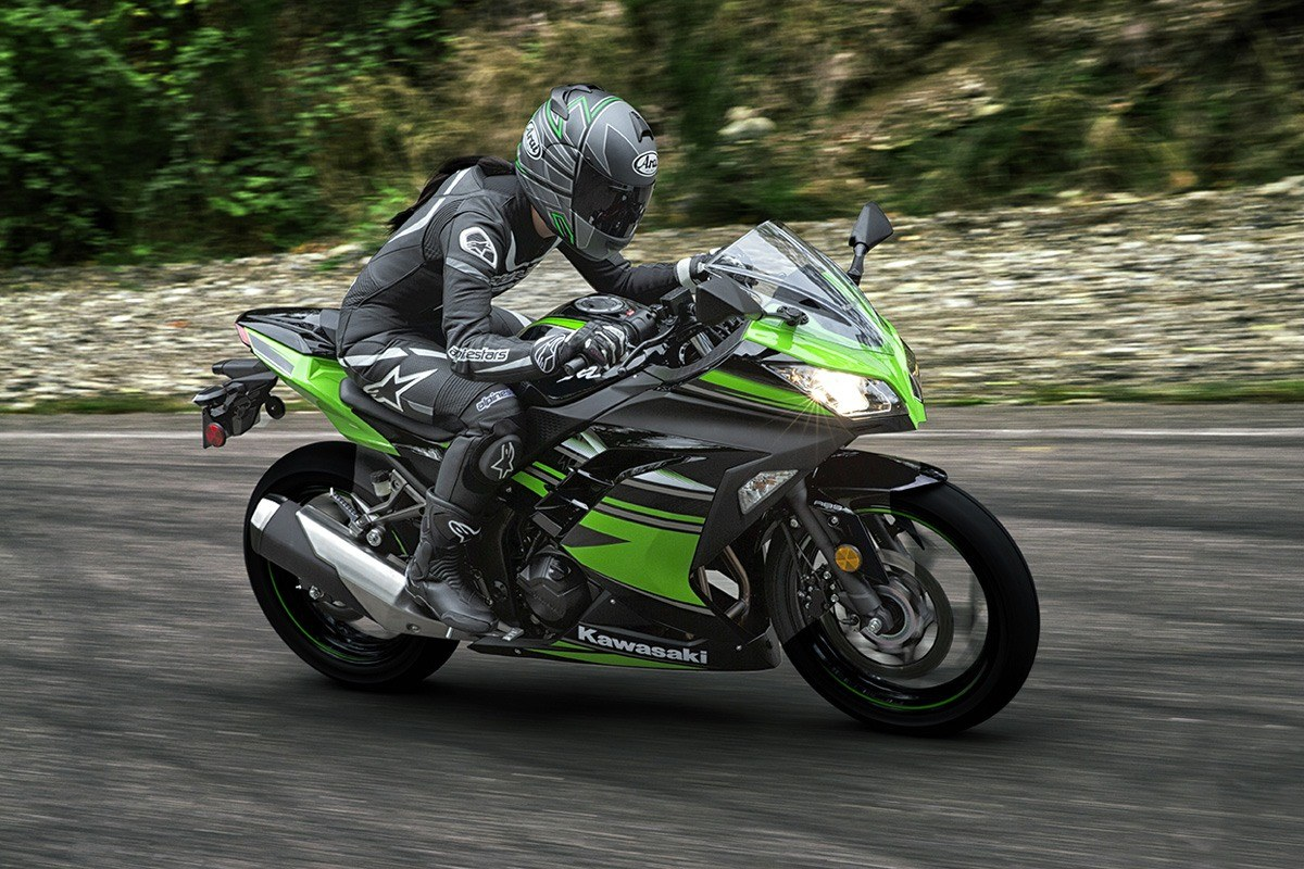 2016 Kawasaki Ninja 300 ABS KRT Edition in Tarentum, Pennsylvania - Photo 14