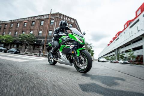 2016 Kawasaki Ninja 650 in San Francisco, California - Photo 10