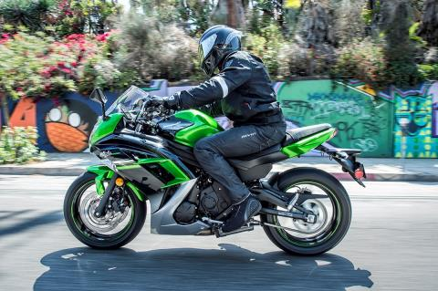2016 Kawasaki Ninja 650 in San Francisco, California - Photo 13