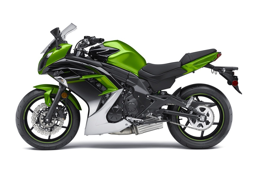 2016 Kawasaki Ninja 650 ABS in Crystal Lake, Illinois - Photo 12