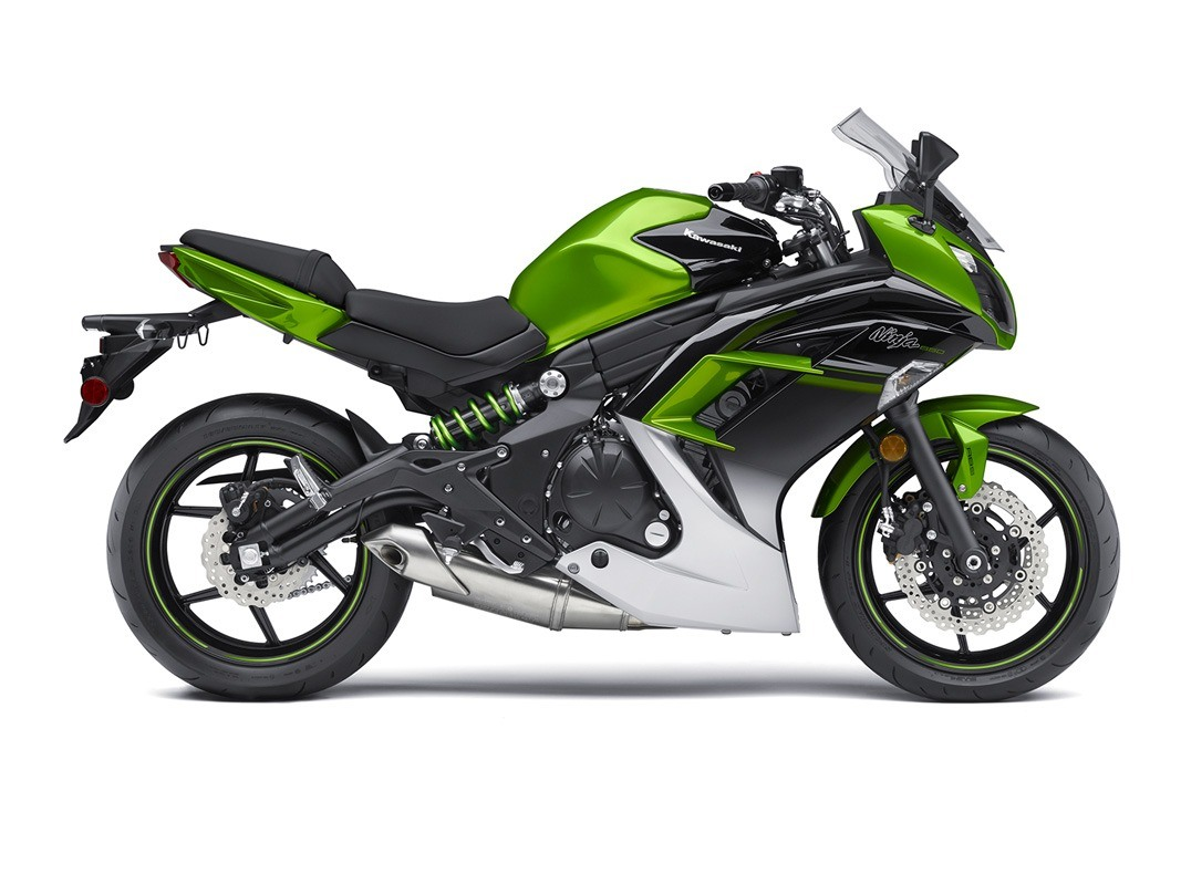 2016 Kawasaki Ninja 650 ABS in Crystal Lake, Illinois - Photo 11