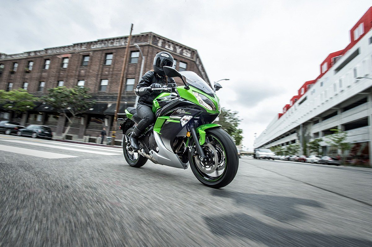 2016 Kawasaki Ninja 650 ABS in North Reading, Massachusetts - Photo 12