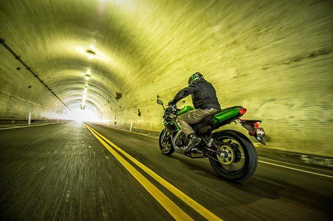 2016 Kawasaki Ninja 650 ABS in North Reading, Massachusetts - Photo 17