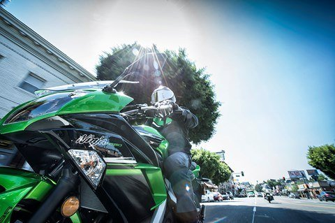 2016 Kawasaki Ninja 650 ABS in North Reading, Massachusetts - Photo 6
