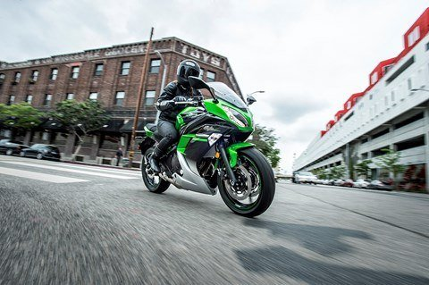 2016 Kawasaki Ninja 650 ABS in North Reading, Massachusetts - Photo 10