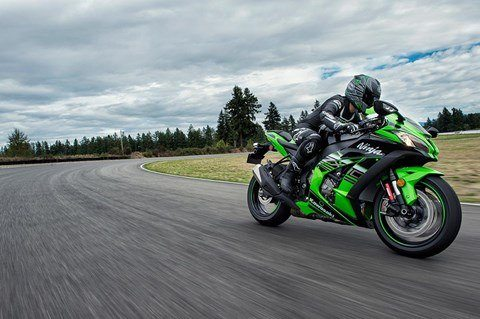 2016 Kawasaki Ninja ZX-10R KRT Edition in North Reading, Massachusetts