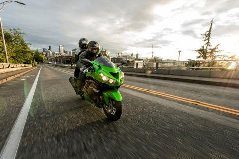 2016 Kawasaki Ninja ZX-14R ABS in North Reading, Massachusetts - Photo 13