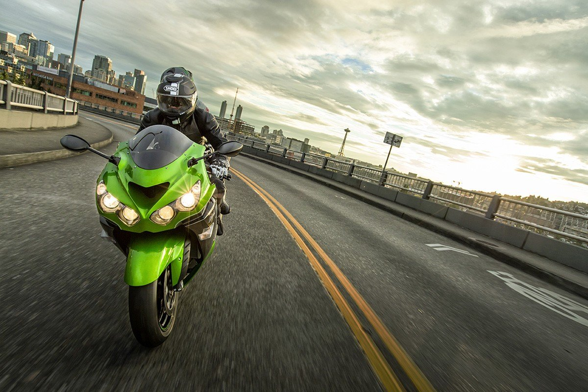 2016 Kawasaki Ninja ZX-14R ABS in North Reading, Massachusetts - Photo 15