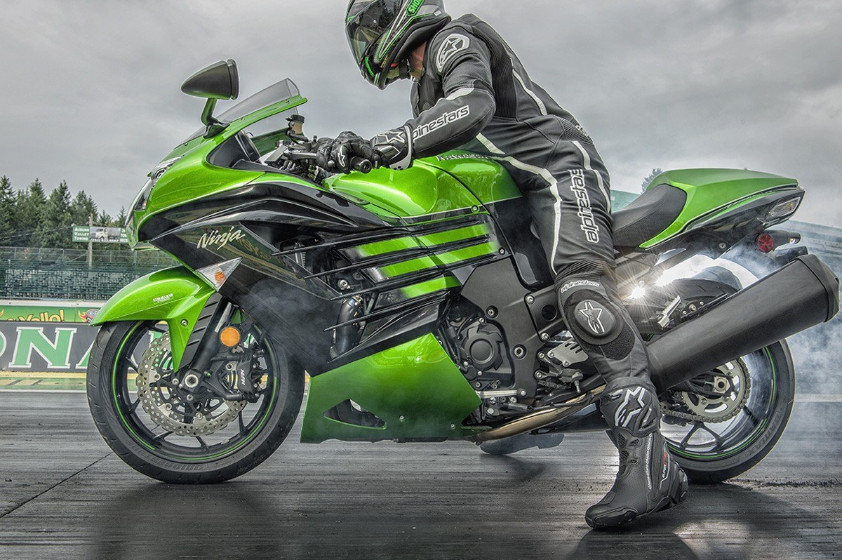 2016 Kawasaki Ninja ZX-14R ABS in North Reading, Massachusetts - Photo 17