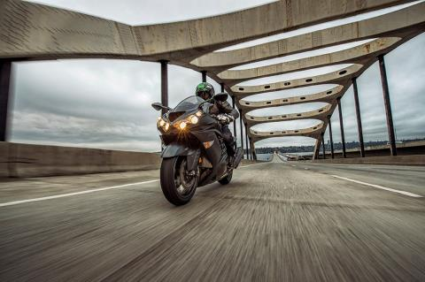 2016 Kawasaki Ninja ZX-14R ABS SE in Cary, North Carolina - Photo 14