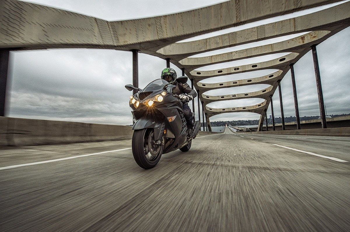 2016 Kawasaki Ninja ZX-14R ABS SE in Cedar Falls, Iowa - Photo 14