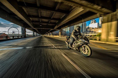 2016 Kawasaki Ninja ZX-6R ABS in Houston, Texas - Photo 13