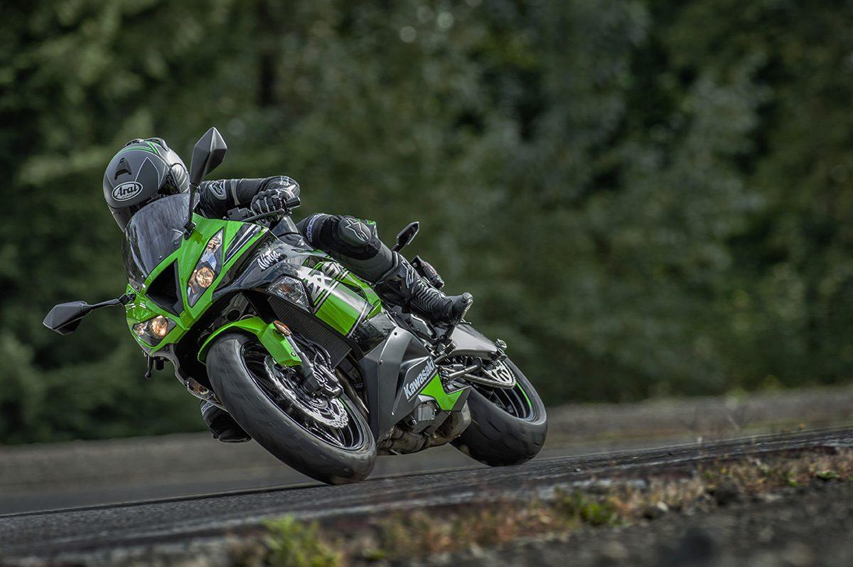 2016 Kawasaki Ninja ZX-6R ABS KRT Edition in Sacramento, California