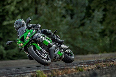 2016 Kawasaki Ninja ZX-6R KRT Edition in North Reading, Massachusetts - Photo 8