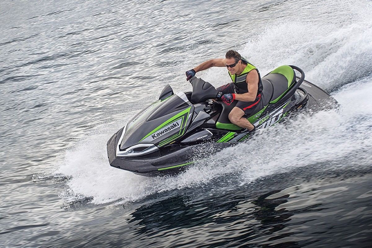 2016 Kawasaki Jet Ski Ultra 310LX in North Reading, Massachusetts - Photo 10