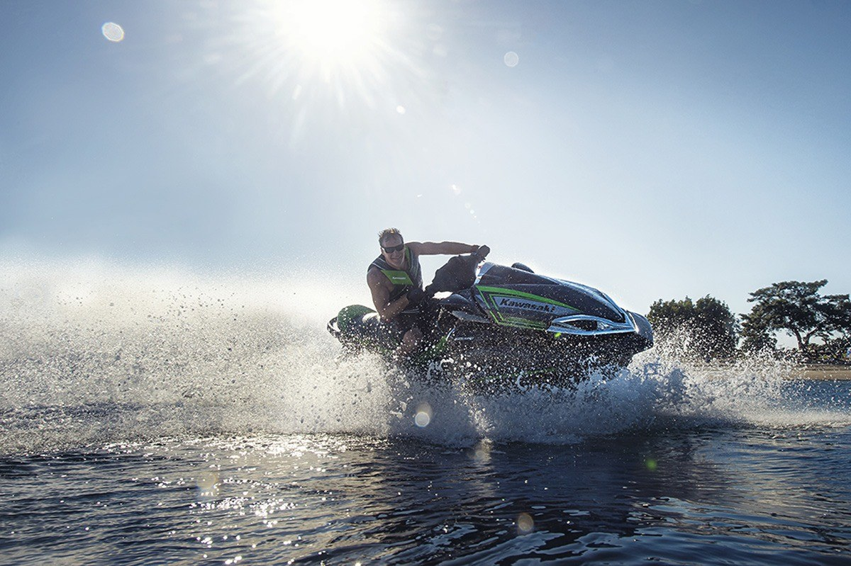 2016 Kawasaki Jet Ski Ultra 310LX in North Reading, Massachusetts - Photo 12